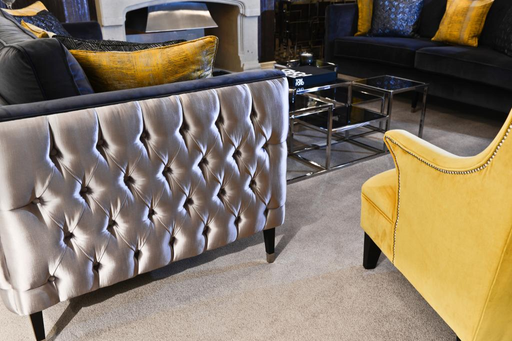 luxury lounge 4