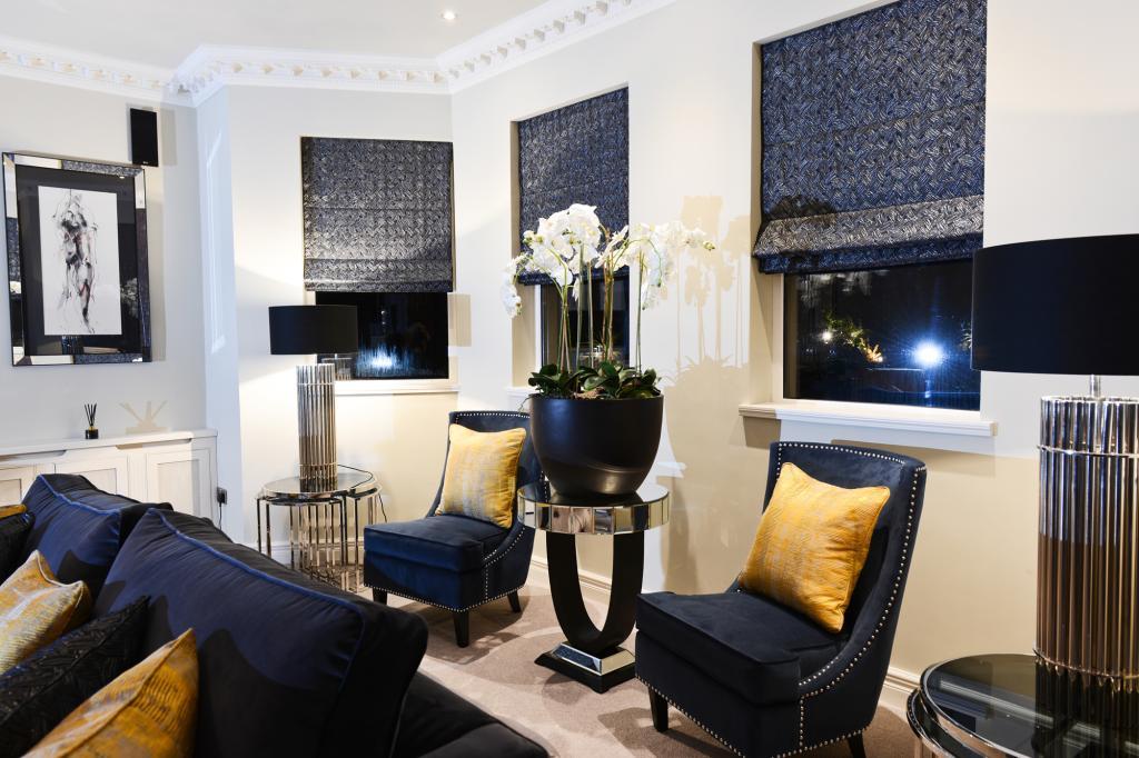 luxury lounge 7
