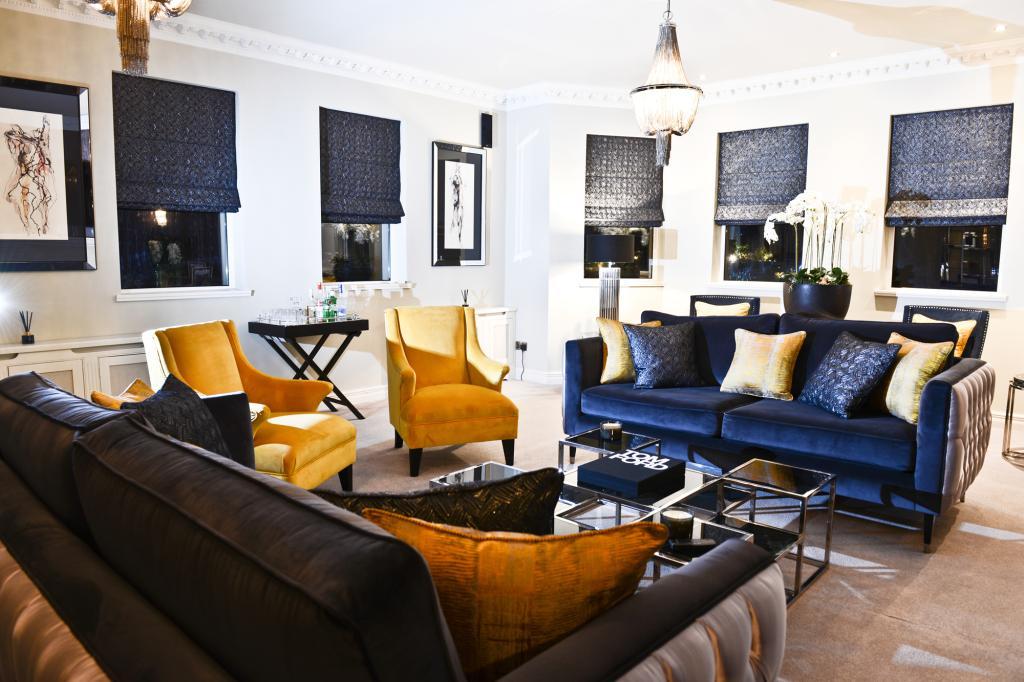 luxury lounge 8